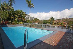 4111 University Drive Pool