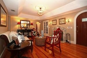 1137 Alhambra Circle, Living Room