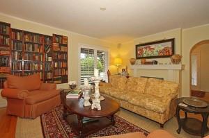 417 Barbarossa - living room