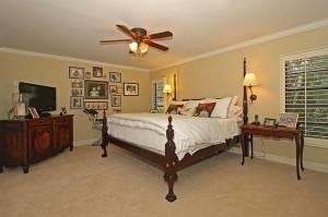 417 Barbarossa - master bedroom